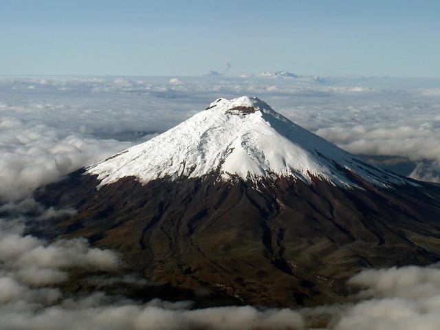 Volcano-Cotopaxi_1