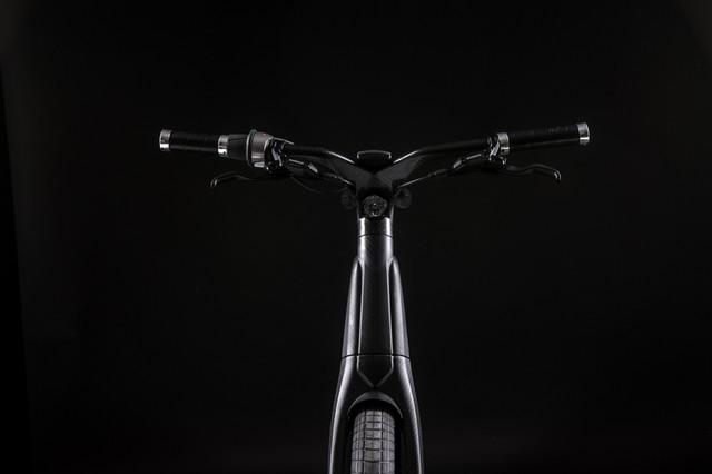 leaos-carbon-fiber-Ebike-06_1