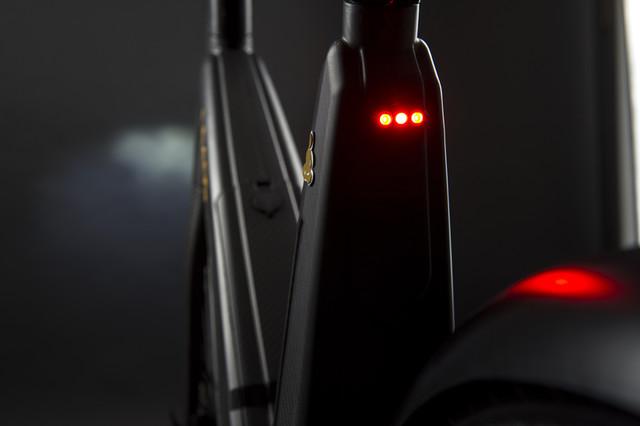 leaos-carbon-fiber-Ebike-07_1