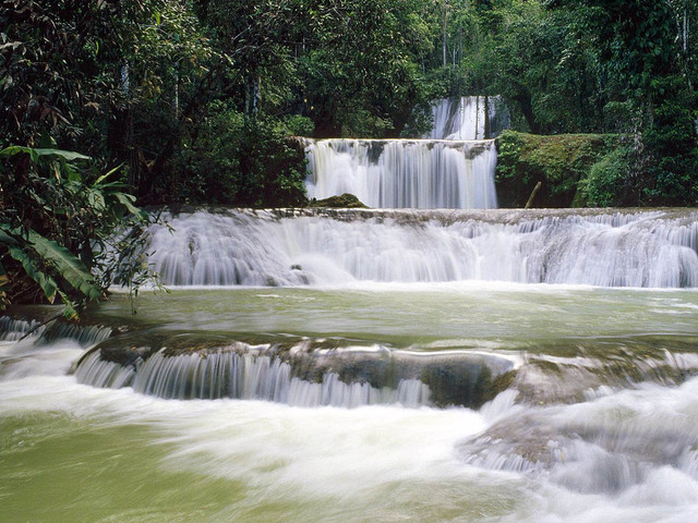 vodopadyi-Danns-River_1
