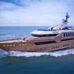 Первый водный гараж в мире — на яхтах группы j'ade от компании CRN mega yachts