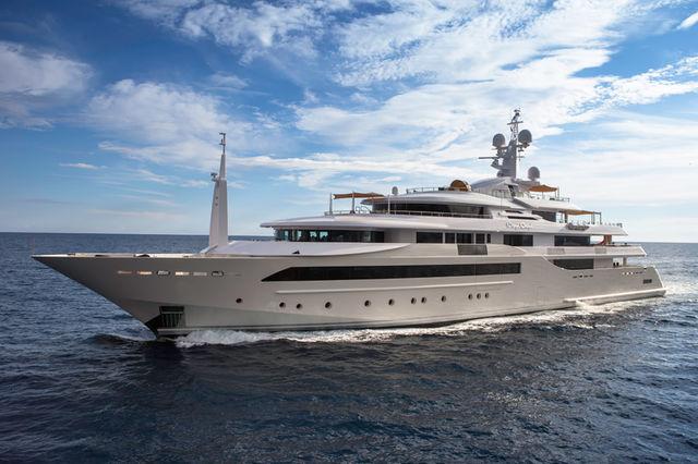 CRN-mega-yachts-chopi-chopi-designboom03_1