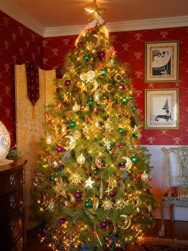 RMS_hampersnow-Christmas-tree_s3x4.jpg.rend.hgtvcom.1280.1707_1