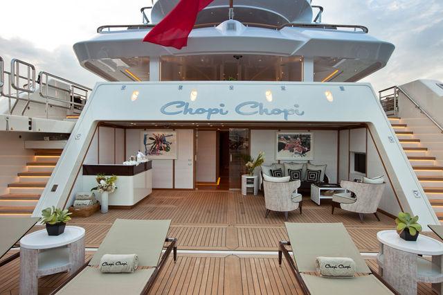 crn-mega-yachts-chopi-chopi-designboomg04_1