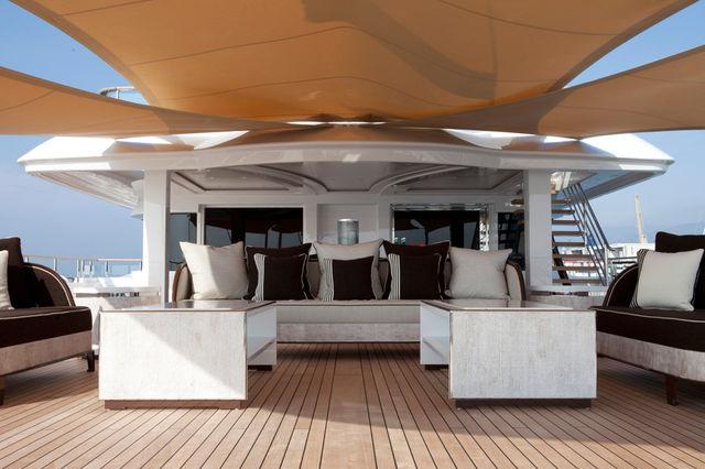 crn-mega-yachts-chopi-chopi-designboomg05_1