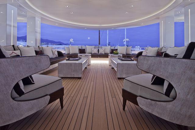 crn-mega-yachts-chopi-chopi-designboomg07_1