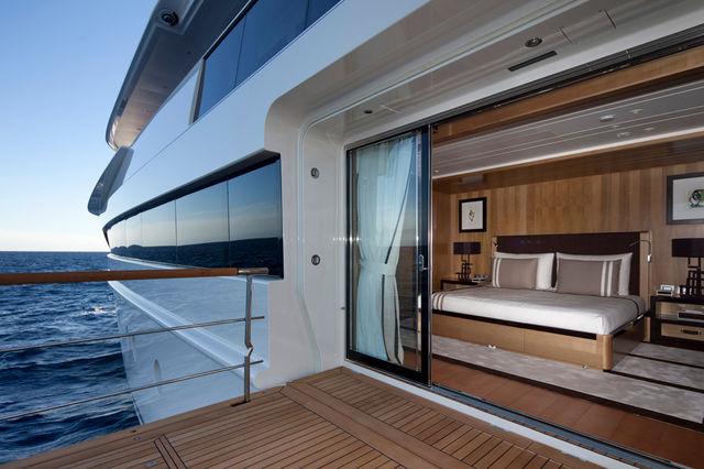 crn-mega-yachts-chopi-chopi-designboomg08_1