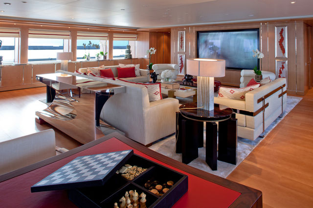 crn-mega-yachts-chopi-chopi-designboomg12_1