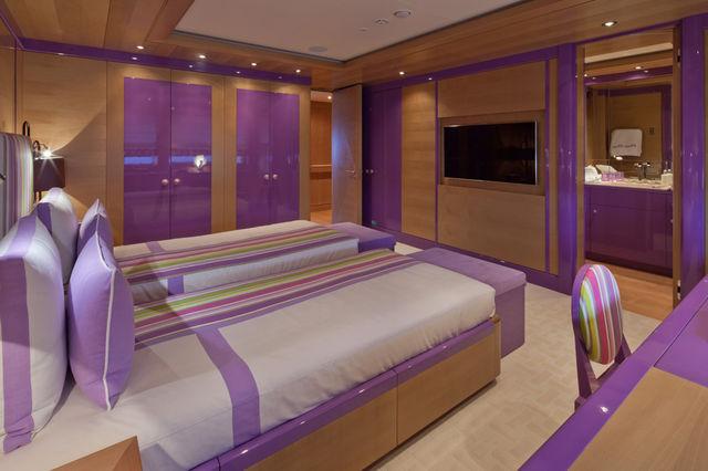 crn-mega-yachts-chopi-chopi-designboomg17_1