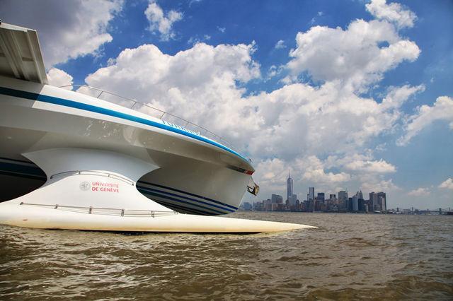 planetsolar-solar-powed-boat-designboom06_1