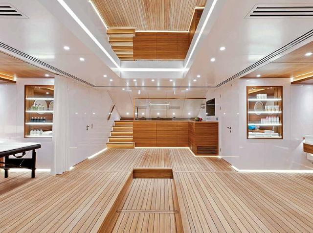 silveryachts-silver-fast-designboom05_1