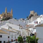 Испанский город Ольвера, утопающий в оливковых рощах