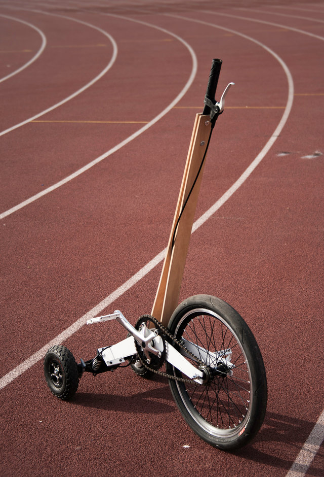 half-bike-designboom04
